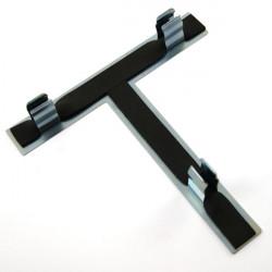 Držiak na krížový kľúč na kolesá